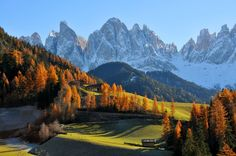 Mountain landscapes of the Dolomitesавтор: Roberto Ribotta