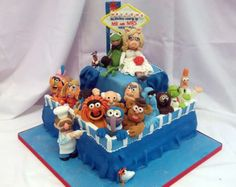 Muppets and Vegas Themed Wedding Cake - gonzo, miss piggy, kermit