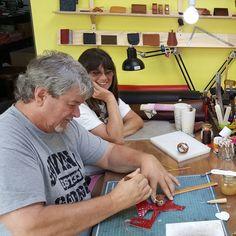 #수성구 #수성구공방 #수성구가죽공방 #범어동  #가죽공방 #대구가죽공예  #대구가죽공방 #가죽공예 #범어동공방 #곰마루공방 #가죽라벨 #gommaru #korea #deagu #leathercraft #handmade #handstitch #leathergoods by gommaru_leatherworks #tailrs