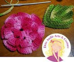 Resultado de imagem para toalha ou caminho de croche com a flor rasteirinha