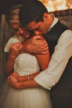 18 Must-Take Romantic Photos On Your Wedding Day ❤ See more…