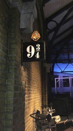 70 Trendy wallpaper iphone harry potter always hogwarts - Phone Wallpaper Harry Potter Tumblr, Images Harry Potter, Harry Potter Universal, Harry Potter Fandom, Harry Potter World, Harry Potter Hogwarts, Harry Potter Lock Screen, Always Harry Potter, Harry Potter Shop