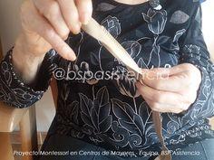 """Actividad: """"Cremallera, botón e imperdible"""" Motricidad fina y la Coordinación - Proyecto #Montessori BSP por Lidia P. #Psicóloga del Equipo http://bspasistencia.com/es/blog/337-cremallera-boton-e-imperdible.html"""