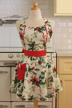 Apron Christmas Holly MAGGIE Retro Full Apron by Boojiboo on Etsy, $28.75