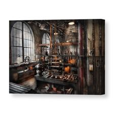 Looking inspiration about steampunk bedroom ideas for your home? There are many steampunk wall decor for your bedroom to be set to steampunk themed Casa Steampunk, Steampunk Bedroom, Steampunk Interior, Steampunk Kunst, Steampunk Home Decor, Steampunk Design, Steampunk Airship, Steampunk Kitchen, Steampunk Images