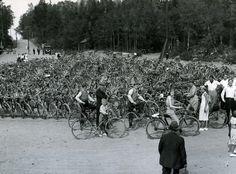 Flatenbadet: Cykelparkering i juli 1934