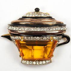 DeRosa Gold Pave Enamel and Citrine Trapezium Coffee or Tea Pot Pin Clip, 1938-1941
