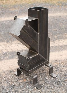 Rocket Stove Design, Diy Rocket Stove, Rocket Stoves, Metal Projects, Welding Projects, High Heat Paint, Expanded Metal Mesh, Outdoor Stove, Multi Fuel Stove