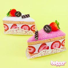 Cake Towel - Strawberry Cake