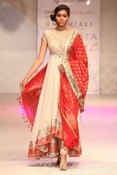 Anju Modi http://www.anjumodi.com/Category.aspx?cat=17 Bridal Collection