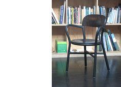 Pipe armchair - denne har jeg økende fascinasjon for: Mange kontraster innad: Enkel, men uttrykksfull, hard, men innbydende, og man ser seg selv sittende i den mens man har en levende diskusjon med noen.