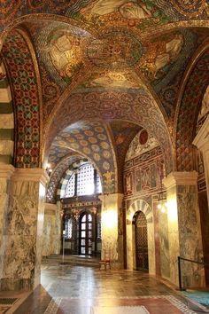 Inside Aachen Cathedral, Germany, Time Karl der Grosse