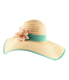 Straw hat with a wide, color-trimmed brim and wide band with a fabric flower around crown. Tiffany Blue Box, Floppy Hats, Straw Hats, Boot Jewelry, Fancy Hats, Wide-brim Hat, Summer Hats, Holiday Fashion, Sun Hats