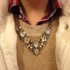 Upstyling my look with Stella & Dot's Zora necklace!