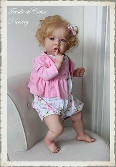 Feuille de Cerise Nursery - baby reborn toddler doll Saskia by Bonnie Brown in Jouets et jeux, Poupées, vêtements, access., Poupées d'artistes, faite-main | eBay