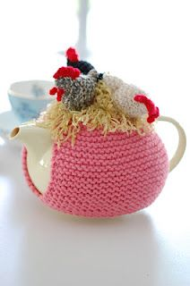 Which came first tea cosy Crochet Cozy, Crochet Yarn, Animal Knitting Patterns, Crochet Patterns, Tea Cosy Pattern, Knitted Tea Cosies, Teapot Cover, Tea Blog, Mug Cozy