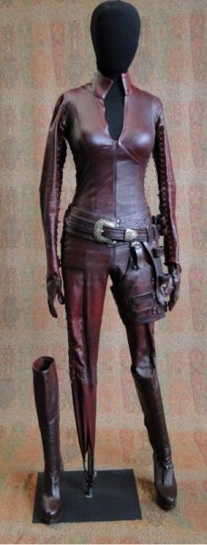 Cara's Mord Sith ((Steamcon V)) ((more pics on click through)) Legend of the Seeker. Best little show ever!!