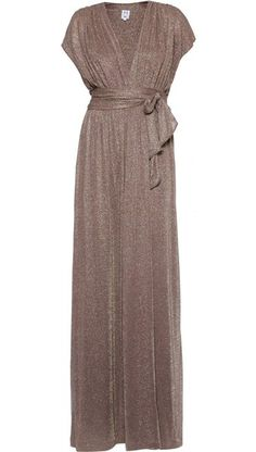 Halston Heritage. Feminine Fashion, Feminine Style, Luxury Fashion, Vintage Outfits, Vintage Fashion, American Hustle, Shops, Clothing And Textile, Gowns With Sleeves