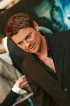 Karl Urban Buttons be Damned.