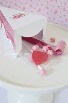 Sweet Shoppe Pink Candy Paper Cake favor baking party box.
