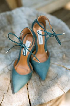 designer wedding shoes Ethereal Yosemite Wedding at Evergreen Lodge: Lucas + Willa Converse Wedding Shoes, Wedge Wedding Shoes, Bridal Shoes, Teal Wedding Shoes, Wedding Heals, Cute Shoes, Me Too Shoes, Designer Wedding Shoes, Zapatos Shoes