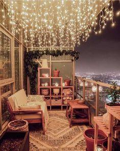 5 Stylish Ways To Integrate Vintage Rugs into Modern Spaces by DLB Small Balcony Decor, Balcony Design, Small Patio, Patio Design, Balcony Ideas, Balcony Garden, Condo Balcony, Apartment Balcony Decorating, Apartment Balconies