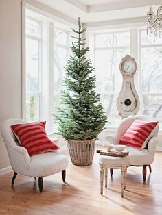 Simple Rustic Christmas Decor - I have a big crock?