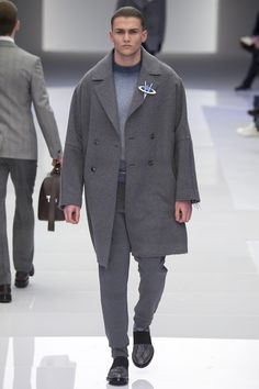 Milan fashion week  Versace winter- autumn collection  Men - menswear - fashion - trends - runway - Lfw - Nyfw - style - homme - couture - moda - masculina - men's - fashionista - trending - black - white - shoes - coat - pants - blue - grey - suit - sketchers - galactic - Galaxy - pins
