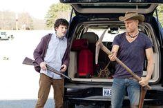 Woody Harrelson and Jesse Eisenberg in Zombieland Bill Murray, Apocalypse Survival, Zombie Apocalypse, Zombie Weapons, Emma Stone, Amber Heard, Zombieland Movie, Best Zombie, Zombie Movies
