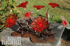 Red flower metal setting