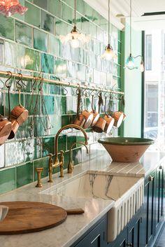 Choosing the perfect kitchen worktop - The deVOL Journal - deVOL Kitchens Devol Kitchens, Home Kitchens, Worktop Inspiration, Küchen Design, House Design, Cocinas Kitchen, Kitchen Countertops, Kitchen Remodel, Sweet Home