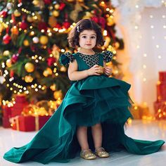 Baby girl frocks - We could literally eat her up! Look how cuteeeeeee in our Jolie Dress Thank you to our customer in Russia for choosing ittybittytoesittybittytoes Gowns For Girls, Frocks For Girls, Little Girl Dresses, Girls Dresses, Flower Girl Dresses, Frocks For Babies, Prom Dresses, Kids Party Wear Dresses, Kids Dress Wear