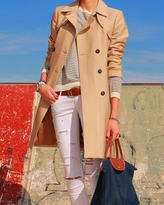 Trench + Stripes + Longchamp  http://www.betrench.com/2014/11/trench-rayas-marineras-le-pliage.html