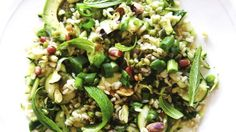 Greens and Grains Salad - A brilliant, sparkling, satisfying meal in a box. Start with cooked brown rice, pearl barley or your favourite grain or pulse. Add anything green - spinach, . Lunch Recipes, Salad Recipes, Vegetarian Recipes, Vegetable Recipes, Cooking Recipes, Grain Salad, Coctails Recipes, Heart Healthy Recipes, Meal Planner