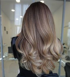 Fabulous Hair Color Ideas for Medium, Long Hair - Ombre, Balayage Hairstyles Beige Blonde Hair Color, Blonde Hair With Highlights, Hair Color Balayage, Ombre Hair, Beige Blonde Balayage, Bayalage, Color Highlights, Brown Blonde, Balayage Highlights