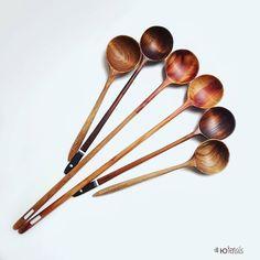 ЛОЖКИ И ПОДАРКИ ИЗ ДЕРЕВА (@wooden_utensils) в Instagram: «Три пары ложек. Две из ореха серого. Две из маакии амурской. Две из боярышника, одна…»