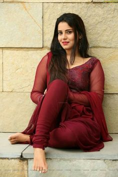 Lovely Indian actress, burgundy churidar kameez suit and natural makeup. Beautiful Girl Indian, Most Beautiful Indian Actress, Beautiful Girl Image, Beautiful Arab Women, Beauty Full Girl, Beauty Women, Stylish Girl Pic, Beautiful Bollywood Actress, Indian Beauty Saree