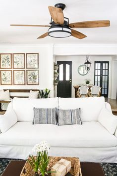 Living Room Update: Ceiling Fan Swap | blesserhouse.com - A bland, boring living room gets a makeover with a modern industrial farmhouse style ceiling fan - Casablanca Caneel Bay.
