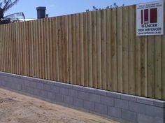 Cook - Overlapping Paling Timber Fence