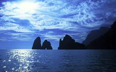 Faraglioni in blue, #Capri #italy