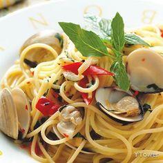 蒜片辣味蛤蠣義大利麵食譜 - 貝類料理 - 楊桃美食網 專業食譜