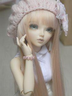 dollshousedropin:  Ma jolie merveille… (by Lili-Cupcake)