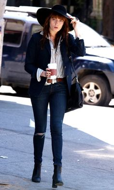 Florence Welch Takes A Stylish Stroll In New York, 2013