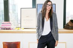 Jenna Lyons - J.Crew's Queen Of Cool #eyeglasses #jacket #tee