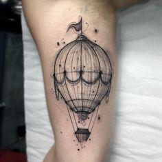 Hot air balloon by Felipe Mello