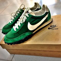 Nike Waffle Racer Vintage Love mine although they are now past there best. Me Too Shoes, Men's Shoes, Nike Shoes, Shoe Boots, Shoes Sneakers, Women's Sneakers, Lacoste Sneakers, Green Sneakers, Vintage Sneakers