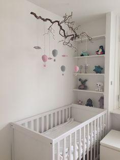 Vi nåede lige at blive færdig med værelset til vores lille p Baby Bedroom, Baby Room Decor, Nursery Room, Girl Nursery, Girl Room, Nursery Decor, Baby Knitting, Crochet Baby, Baby Barn