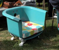 Claw Foot Tub turned Club Chair. Now that's some funky junk! MT Tails: Country Living Fair Ohio