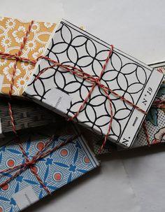 Papier peint dominoté d'Antoinette Poisson Textiles, Textile Patterns, Print Patterns, African Sculptures, Inspiration Wall, Book Making, Paper Decorations, Surface Pattern, Art Deco