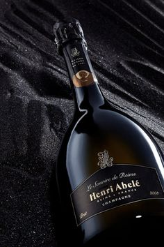 Champagne Henri Abelé by Julien Palast, via Behance  mxm